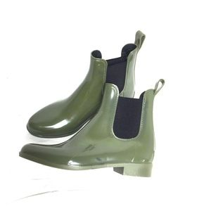 J. Crew Chelsea Rain Boots in Olive